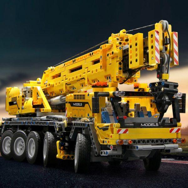 Mould King 13107 Technic Series Motor Power Mobile Crane Mk Ii Model Kits Model Building Blocks 4