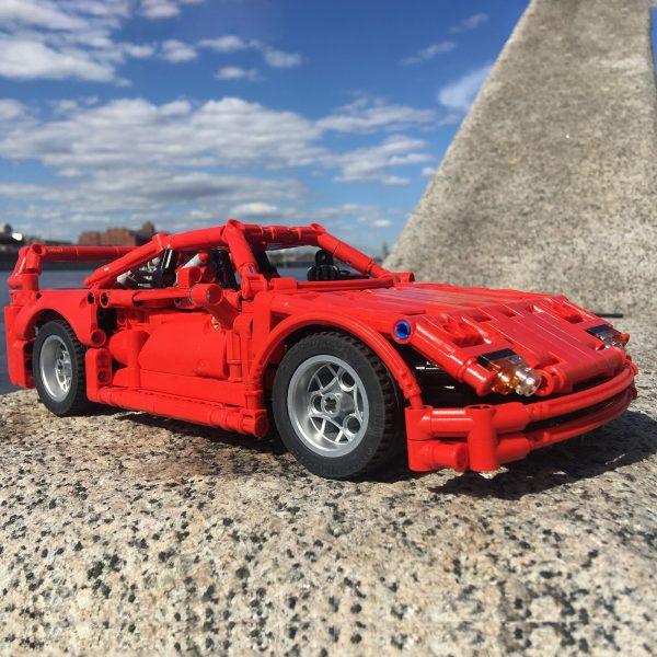 Mocbrickland Moc 43883 Ferrari F40 (4)