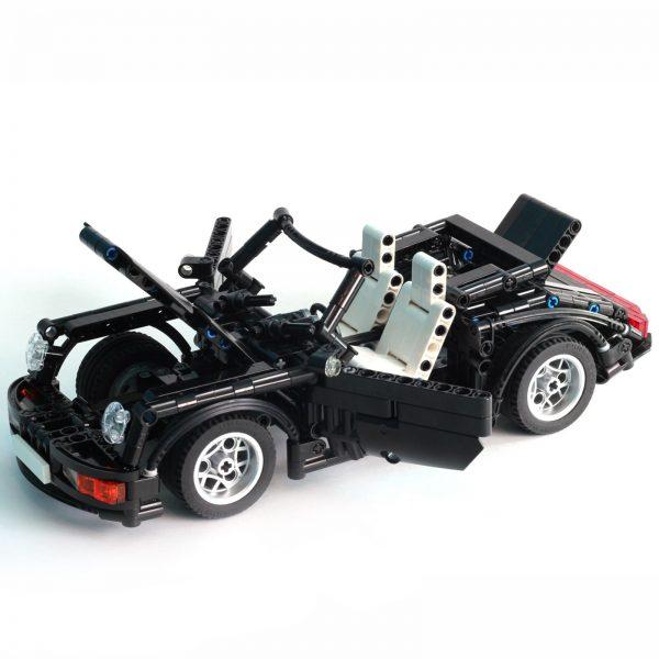 Mocbrickland Moc 8013 Porsche 964911 Cabriolet (3)